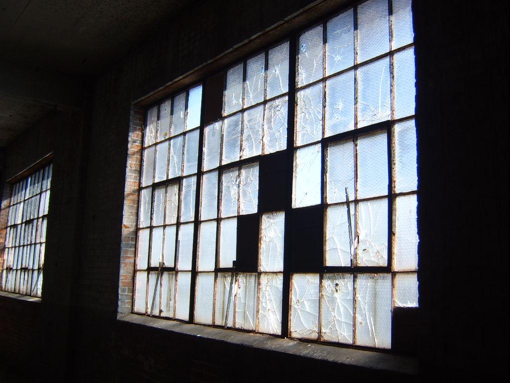 acm-window-glazing-2400-sf